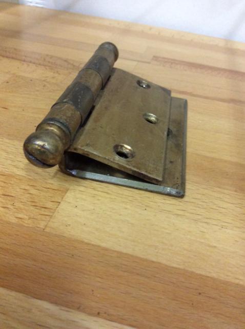 Antique-brass-hinges_1552A.jpg