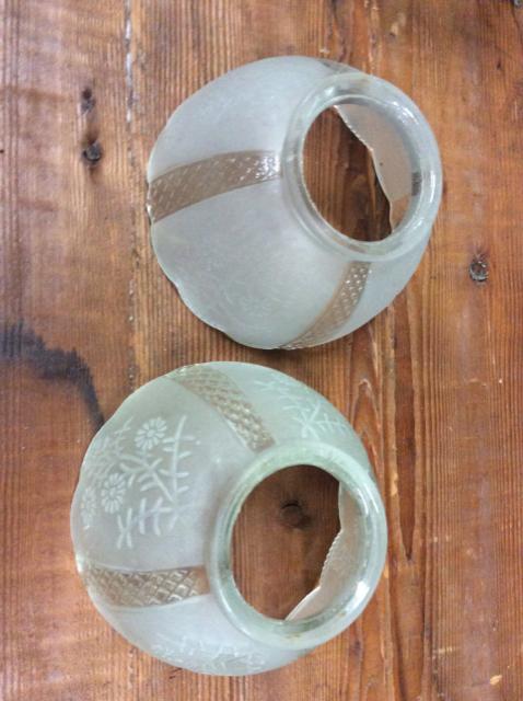 Medium-floral-etched-glass-shades_1177A.jpg
