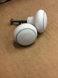 White-ceramic-knobs-gray-detail_1350A.jpg