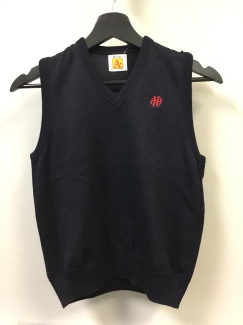 YM-Navy-Fine-Gauge-HH-Sweater-Vest_138240A.jpg