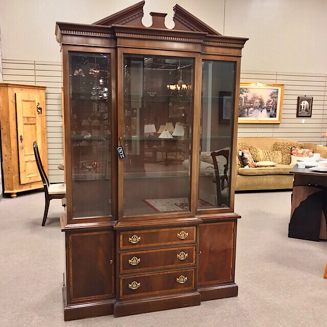 Hickory Furniture American Masterpiece Breakfront China Cabinet