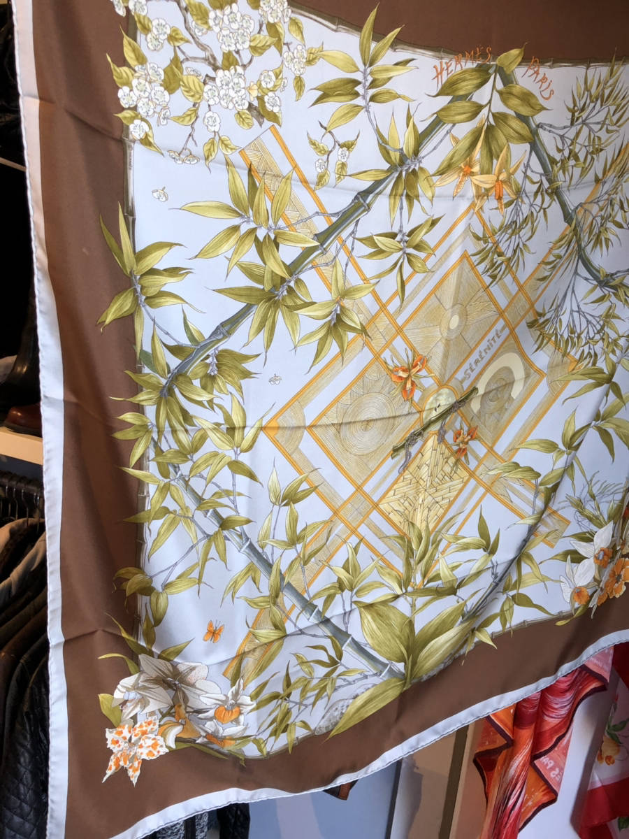 Authentic-Hermes-Silk-Scarf-90cm-Serenite-Bamboo-Floral-Print-Designer-Neiman-M_8081A.jpg