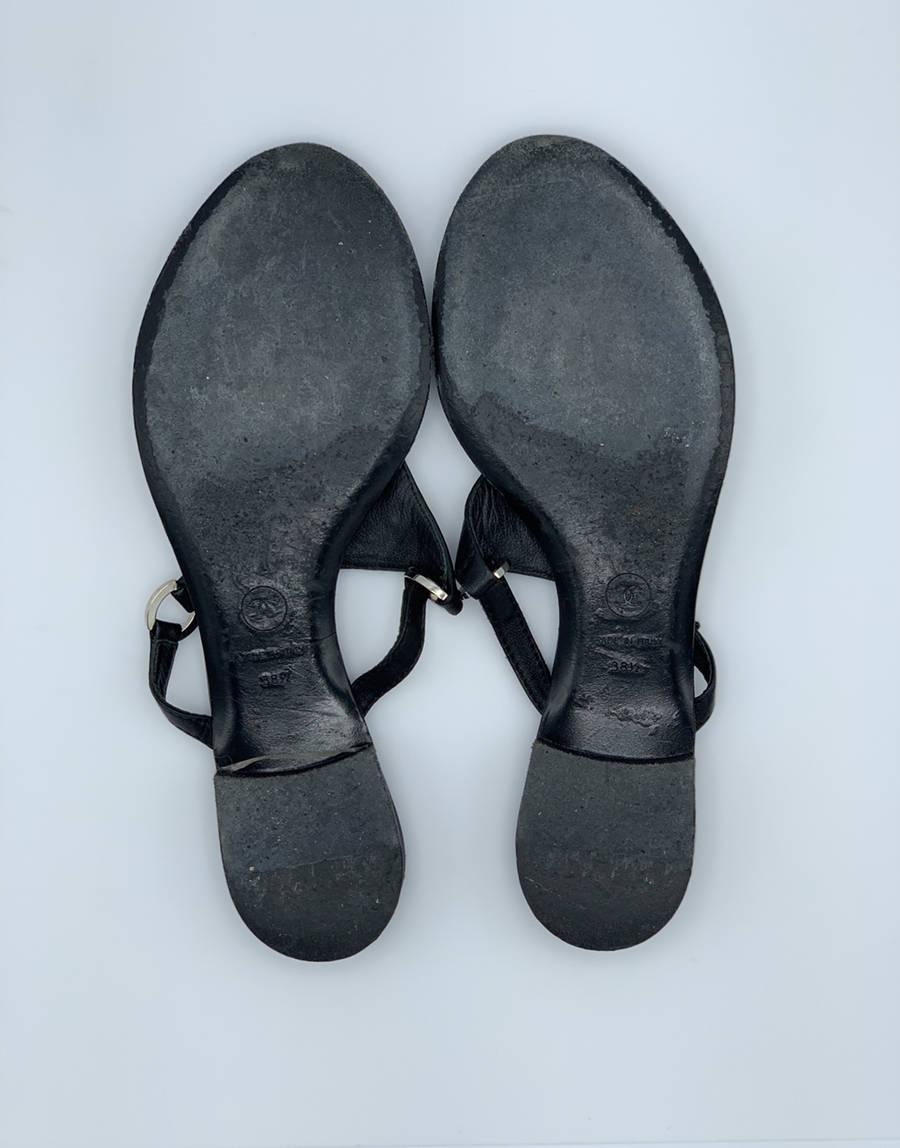 Chanel-Black-Leather-Sz-38.5-Thong-Sandal-Flip-Flop-Shoe-CC-Stud-Logo-Designer_12737D.jpg