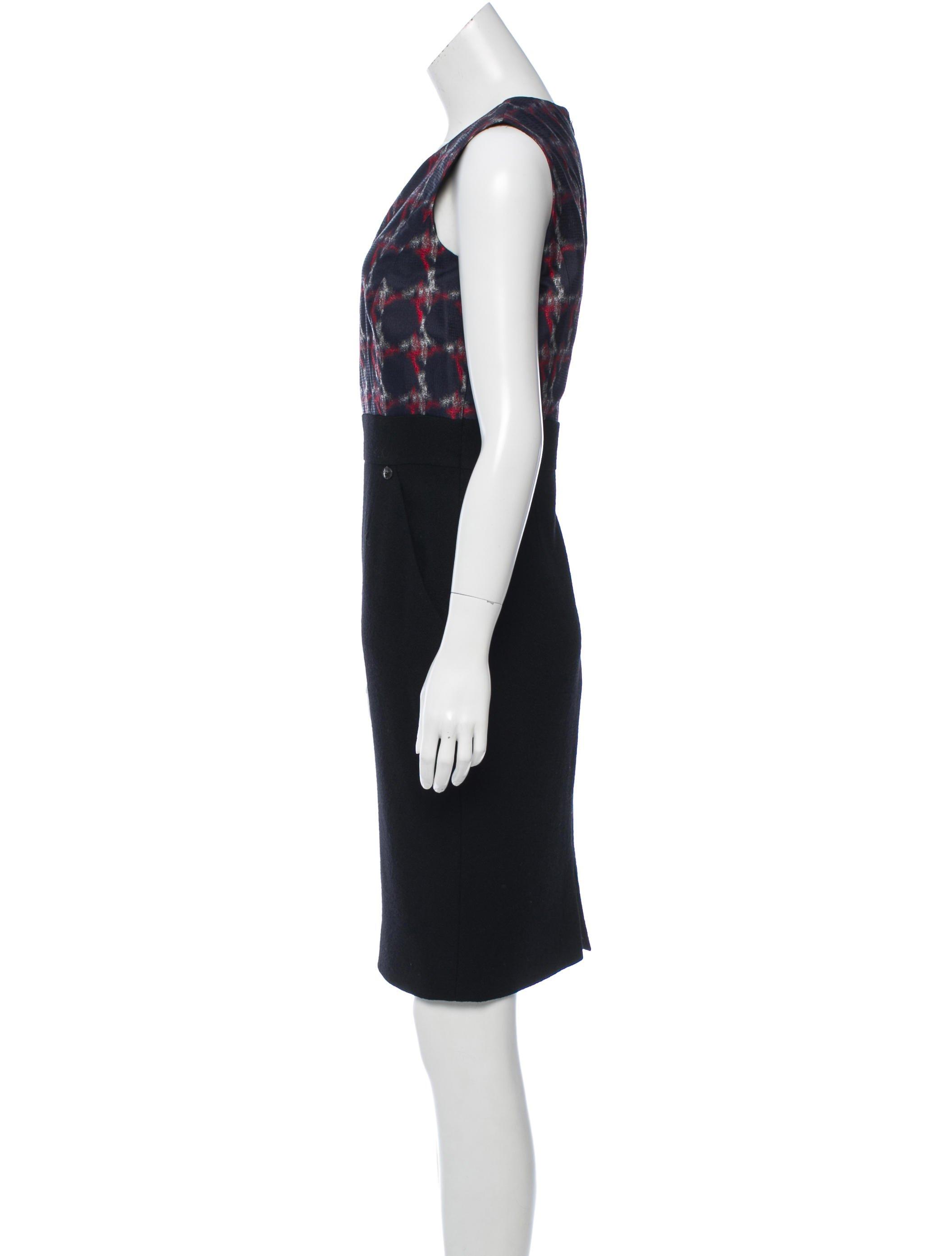 Chanel-Sheath-Dress-Sz-42-US-10-Wool-Printed-Top-Black-Skirt-2008-Collection_9134B.jpg