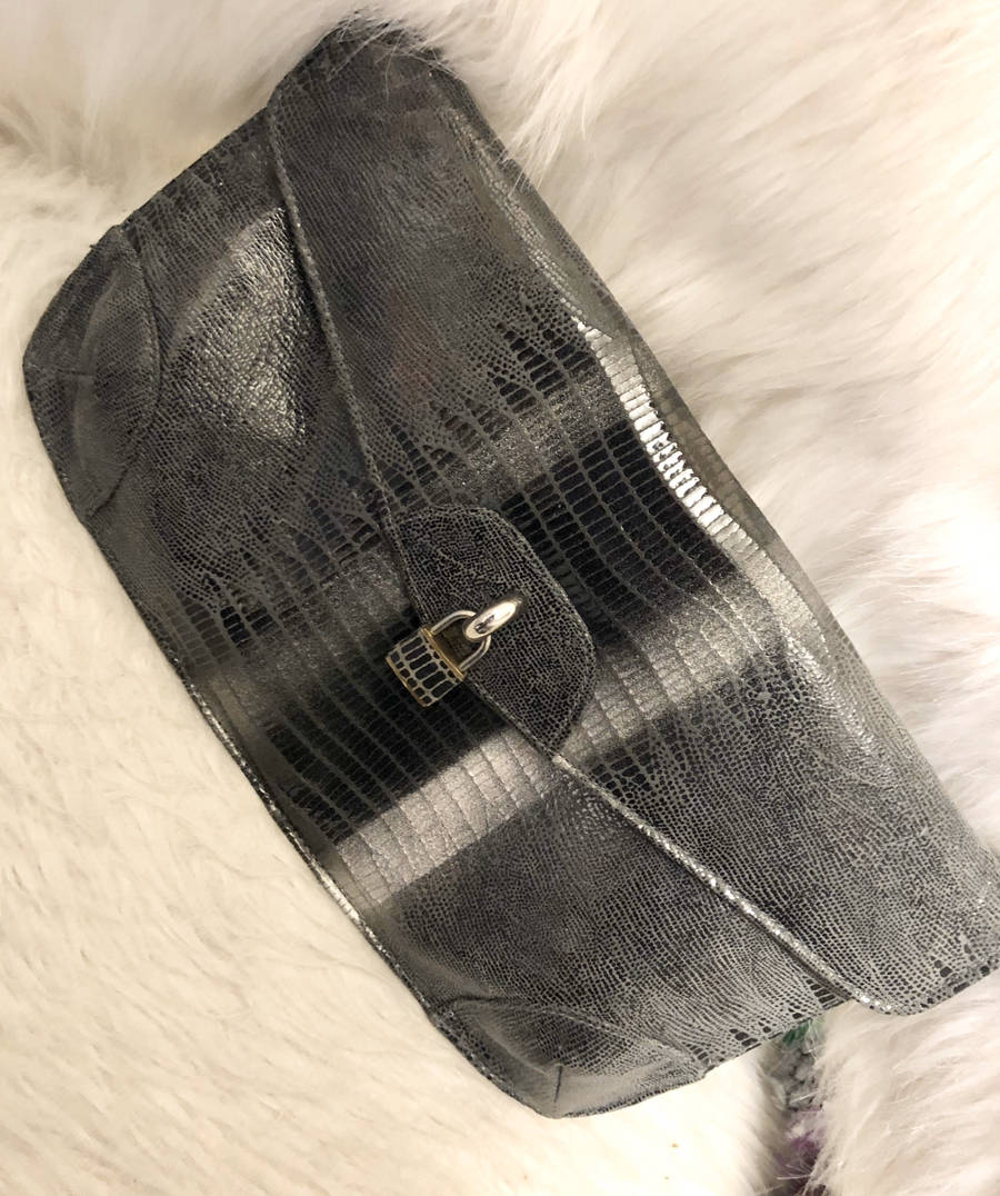 Due-Fratelli-Italian-Leather-Python-Embossed-Envelope-Clutch-w-Lock_16059A.jpg