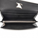 Louis-Vuitton-Lock-Me-II-Wallet-Black-Leather-Silver-Hardware-Authentic-Clutch_15692D.jpg