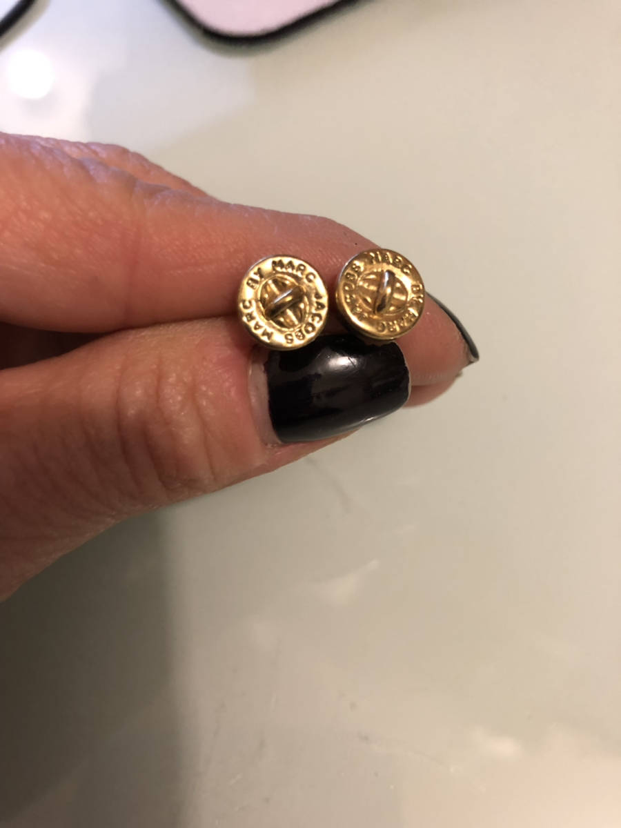 Marc-By-Marc-Jacobs-Turn-Lock-Stud-Earrings-Gold-Tone-Fashion-Designer-Jewelry_11361B.jpg