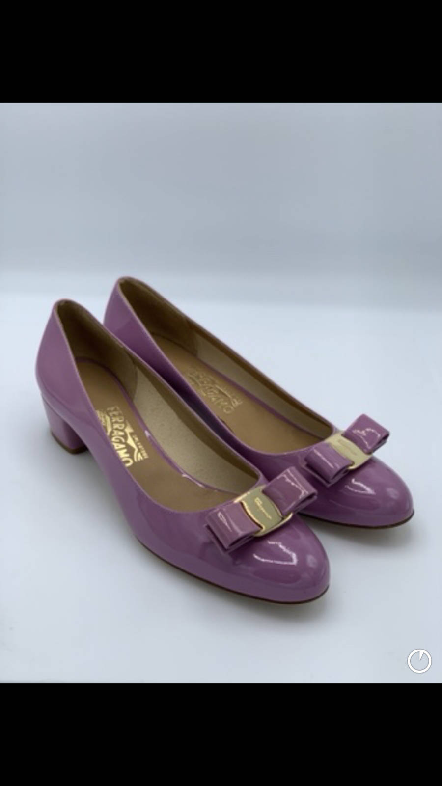 Salvatore-Ferragamo-Shoe-10-Pump-Patent-Leather-Bow-Lavender-New-Gold-Hardware_12611A.jpg