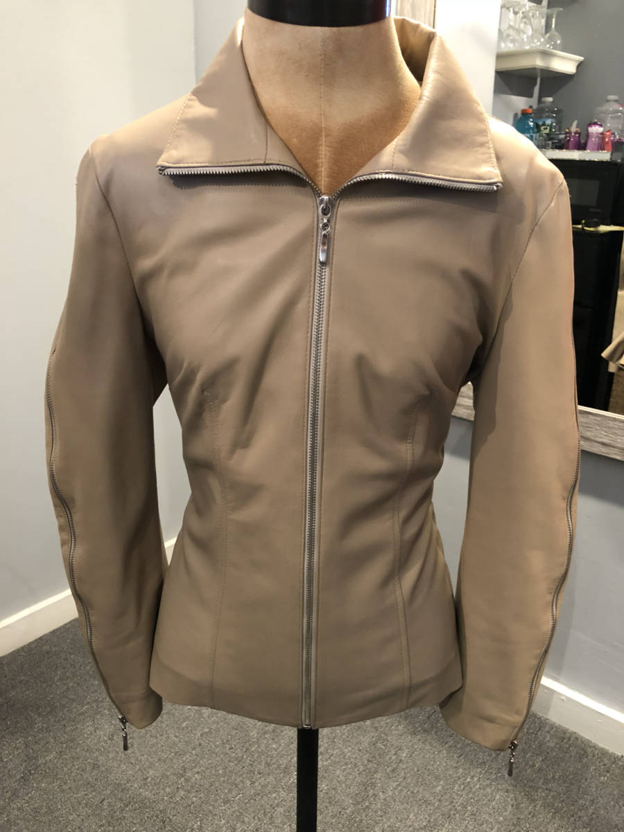 Sharis-Place-Leather-Jacket-Zipper-Detail-Beige-Sz-10-Boutique-Brand_7897A.jpg