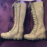Sorel-Joan-of-Arctic-Sz-8-Leather-Wedge-Lace-Up-Boots_16018B.jpg