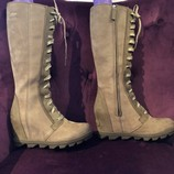 Sorel-Joan-of-Arctic-Sz-8-Leather-Wedge-Lace-Up-Boots_16018C.jpg