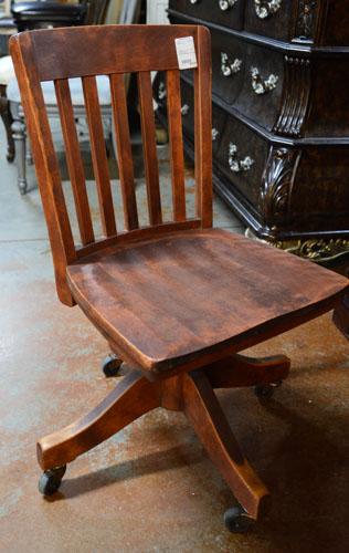 Office-Chair_275195A.jpg