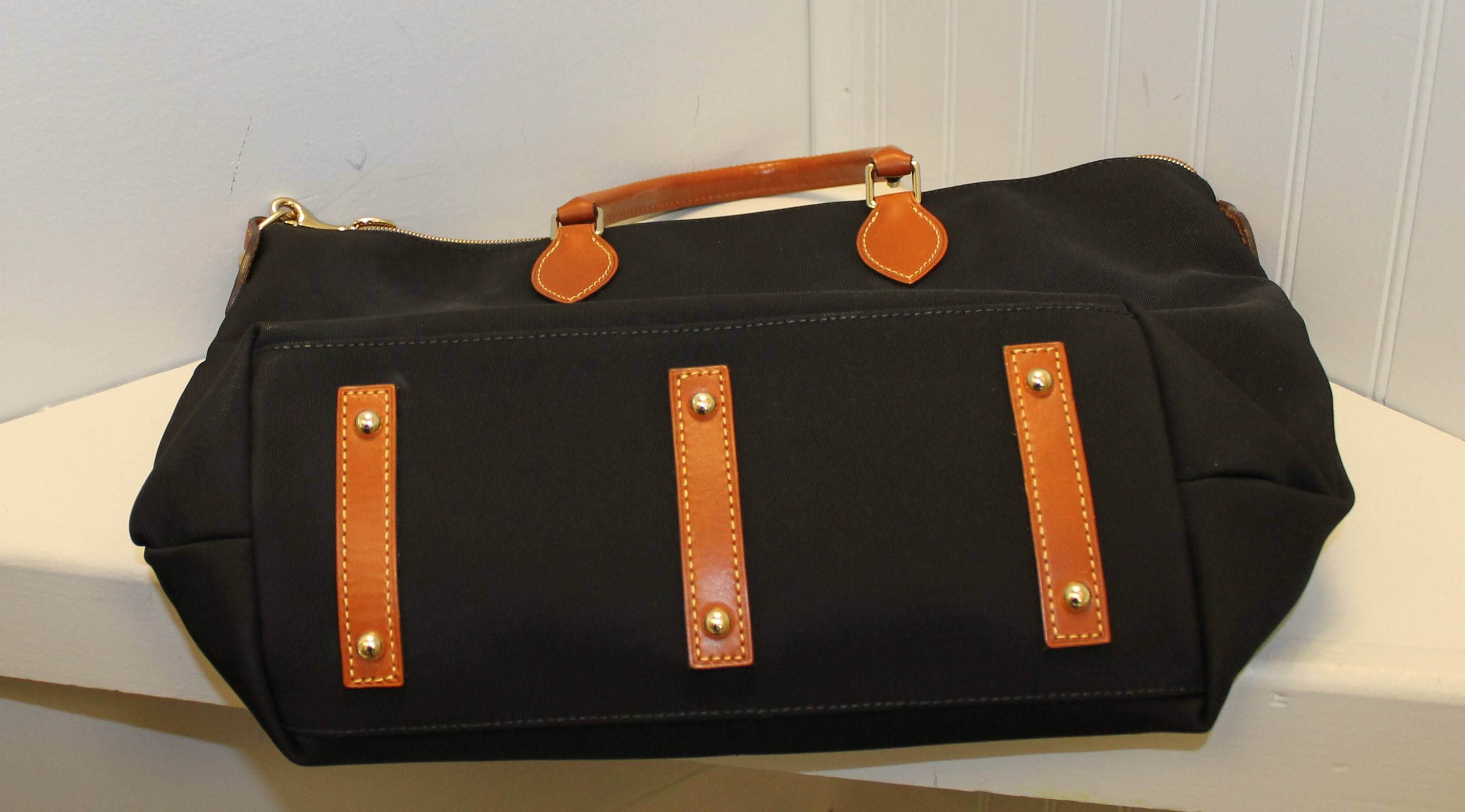 DOONEY--BOURKE-black-and-brown-CANVAS--LEATHER-Solid-TOTE_87772C.jpg
