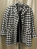 Joan-Rivers-Size-S-46-black-and-white-Polyester-Blend-Houndstooth-Coat_66688D.jpg