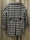 Joan-Rivers-Size-S-46-black-and-white-Polyester-Blend-Houndstooth-Coat_66688E.jpg