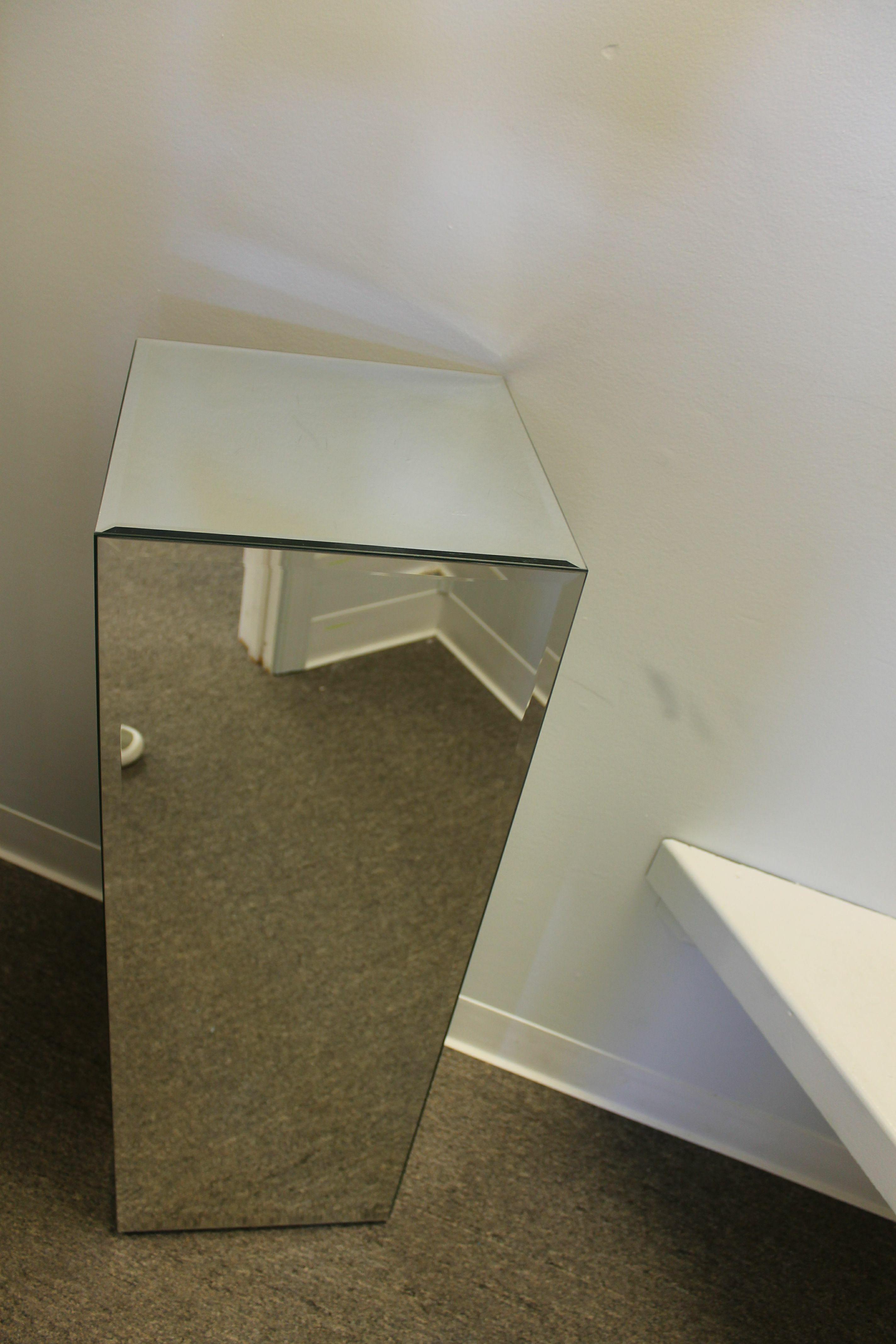 unknown-Furniture_89755C.jpg