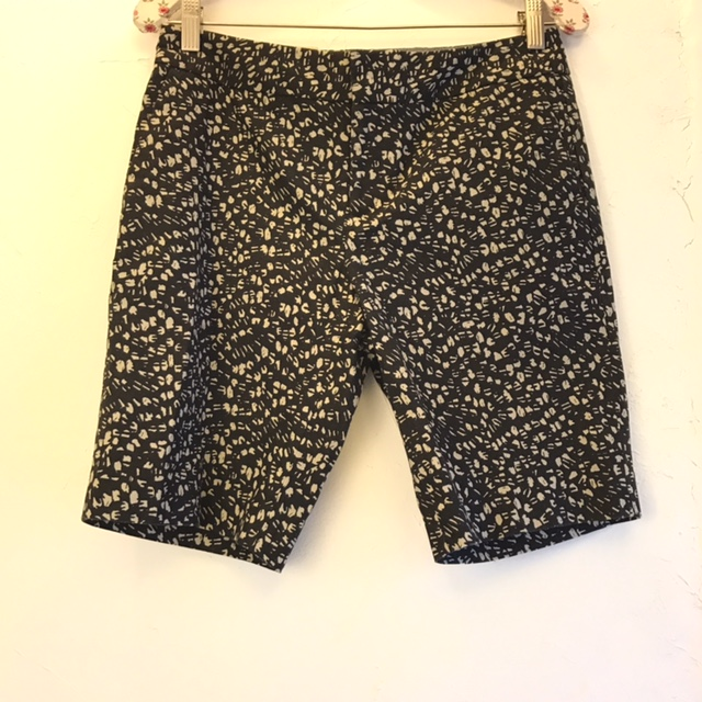 BANANA-REPUBLIC-Size-2-Shorts_207326A.jpg