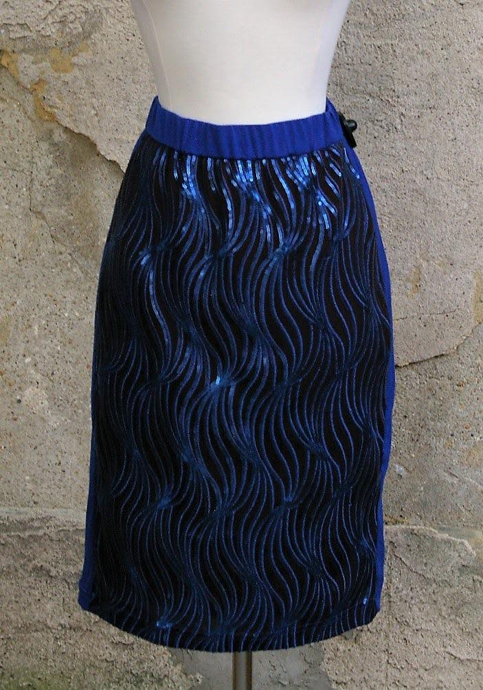 BOB-MACKIE-Size-M-Skirt_182431A.jpg