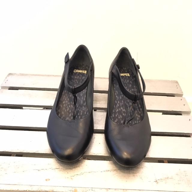 CAMPER-10-Heels--Wedges_204285A.jpg