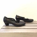 CAMPER-10-Heels--Wedges_204285B.jpg