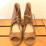 CATHERINE-MALANDRINO-7.5-Heels--Wedges_206256A.jpg