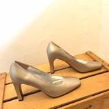 CHARLES-JOURDAN-8-Heels--Wedges_214126C.jpg