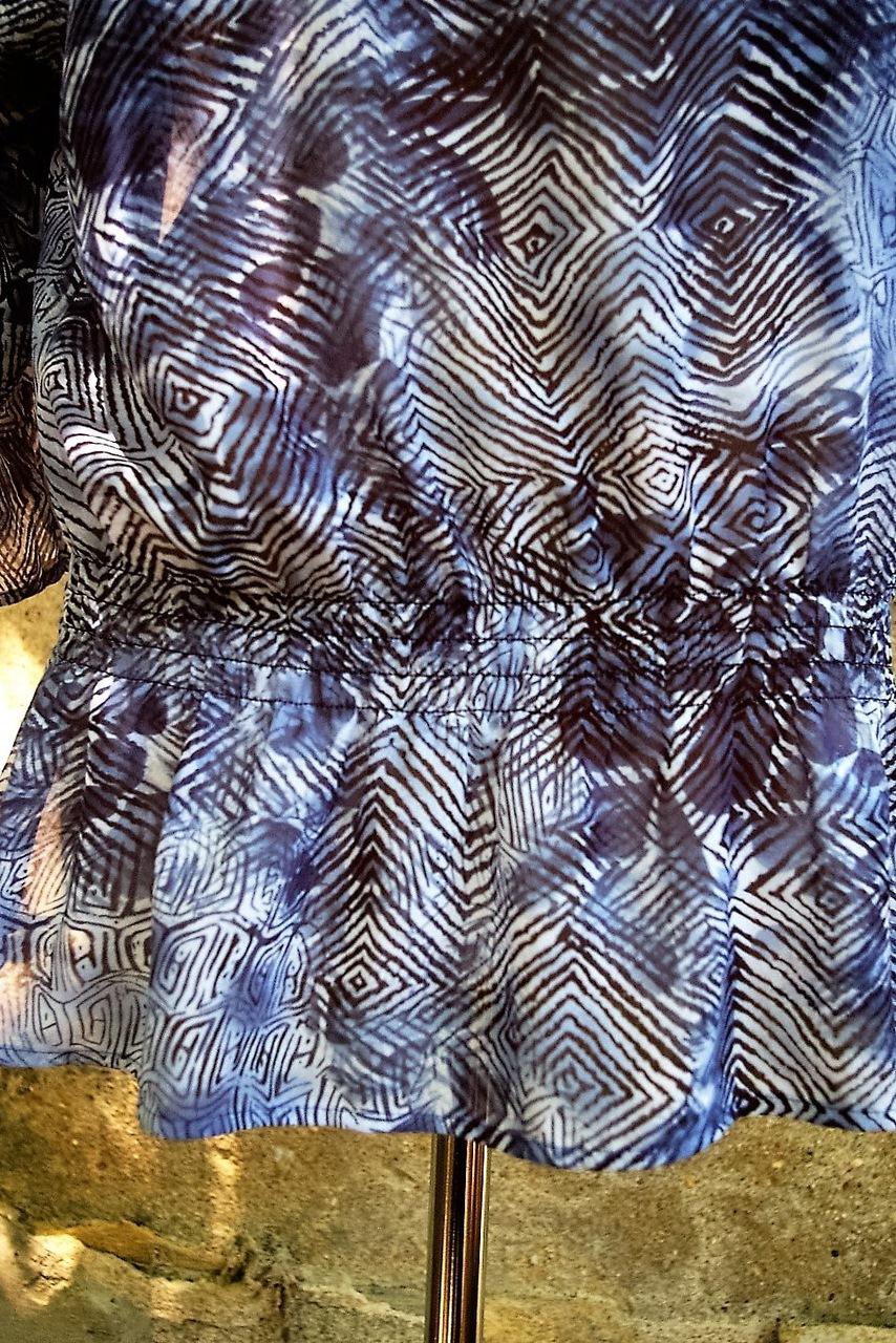 CHICOS-Size-2-Long-Sleeve-Shirt_185552B.jpg