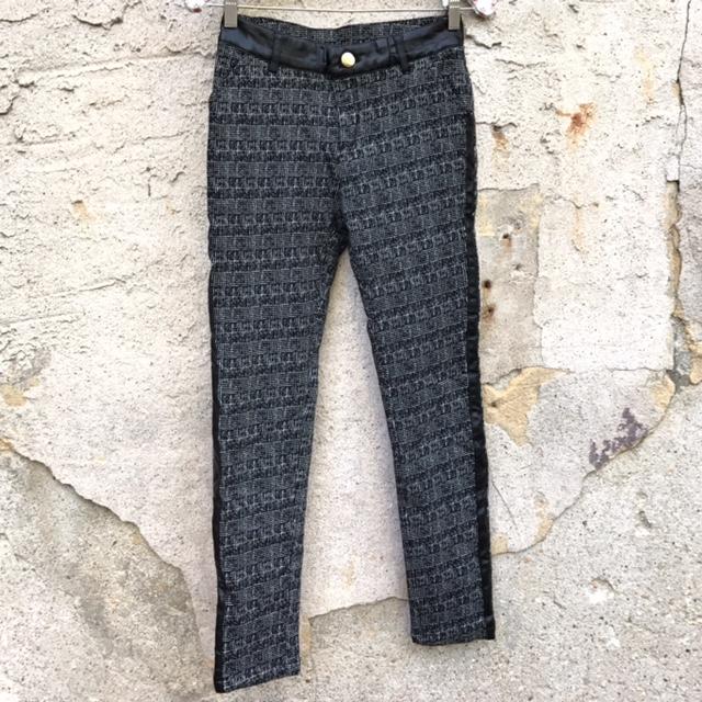 DESIGN-Size-28-Pants_194260A.jpg