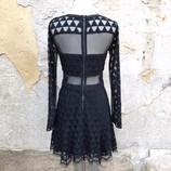 ELIZABETH-AND-JAMES-Size-6-Dress_195895B.jpg