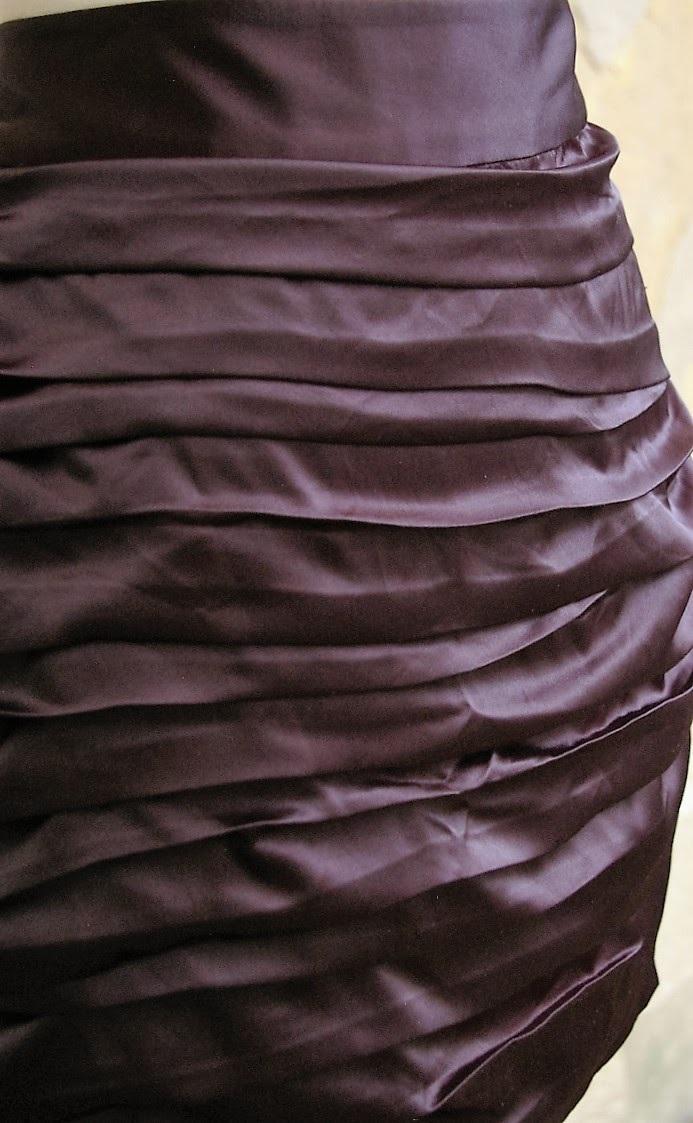 EXPRESS-Size-8-Skirt_182429C.jpg