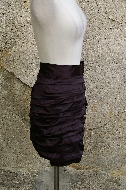 EXPRESS-Size-8-Skirt_182429D.jpg