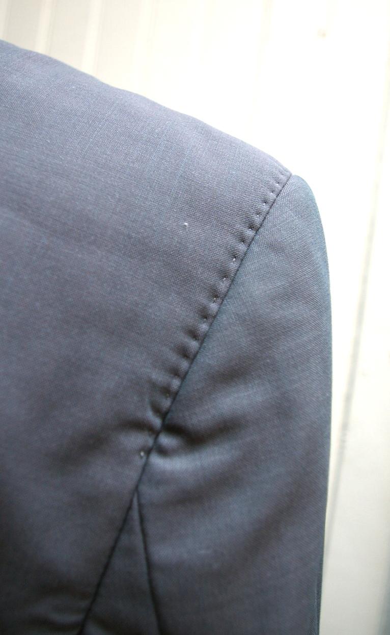 HUGO-BOSS-Size-42R-Blazer_185451F.jpg