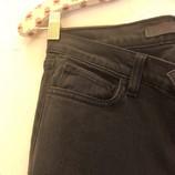 J-BRAND-Size-25-Jeans_226252C.jpg