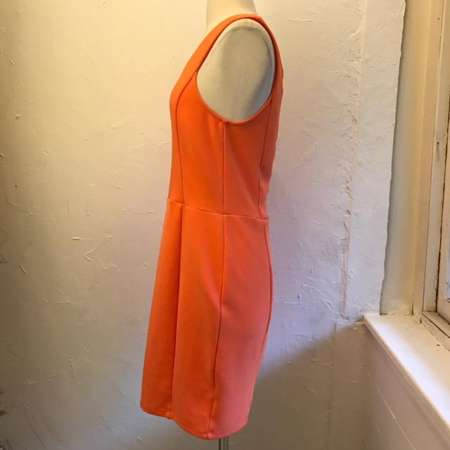 KARDASHIAN-KOLLECTION-Size-L-Dress_222577C.jpg