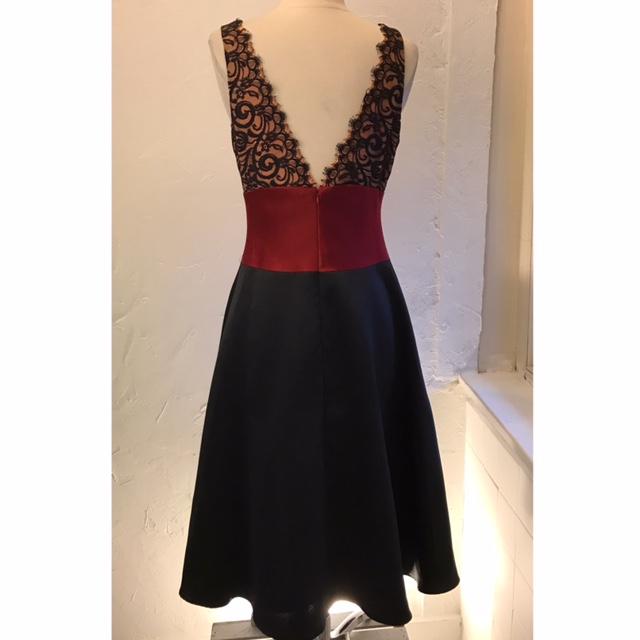 LAUNDRY-SHELLI-SEGAL-Size-10-Dress_194569B.jpg
