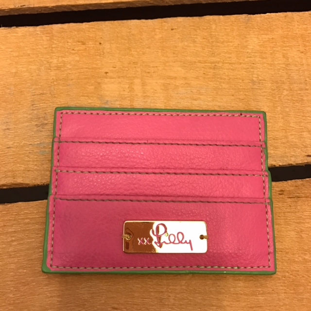 LILLY-PULITZER-Pink-Wallet_229946A.jpg