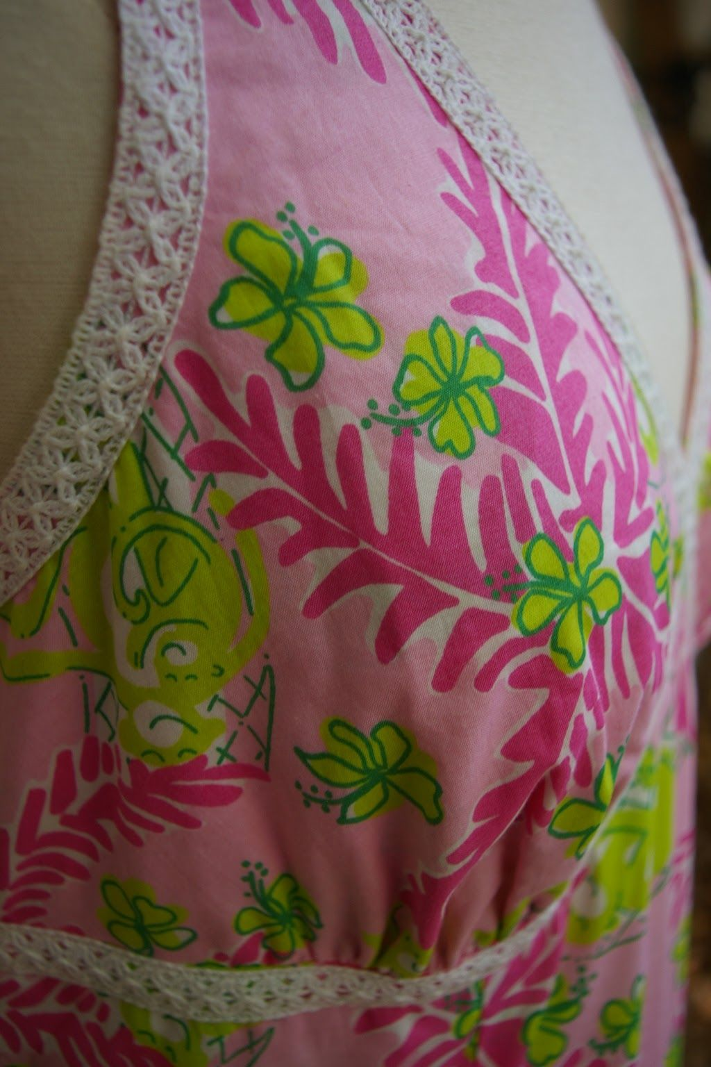 LILLY-PULITZER-Size-6-Dress_207344D.jpg