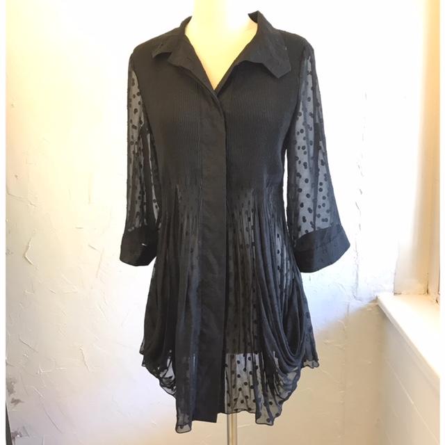 LINDI-Size-M-Long-Sleeve-Shirt_211471A.jpg
