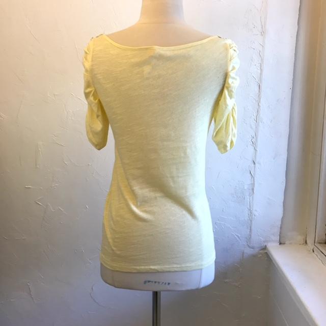 LITTLE-YELLOW-BUTTON-Size-S-ANTHROPOLOGIE-Short-Sleeve-Shirt_207286B.jpg