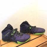 NIKE-12-Sneakers_220008B.jpg
