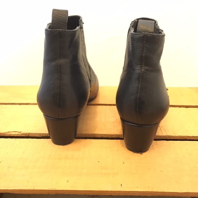 NINE-WEST-7-Boots_222617D.jpg