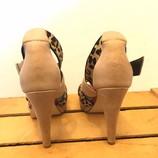 SHOES-OF-PREY-8.5-Heels--Wedges_236610D.jpg
