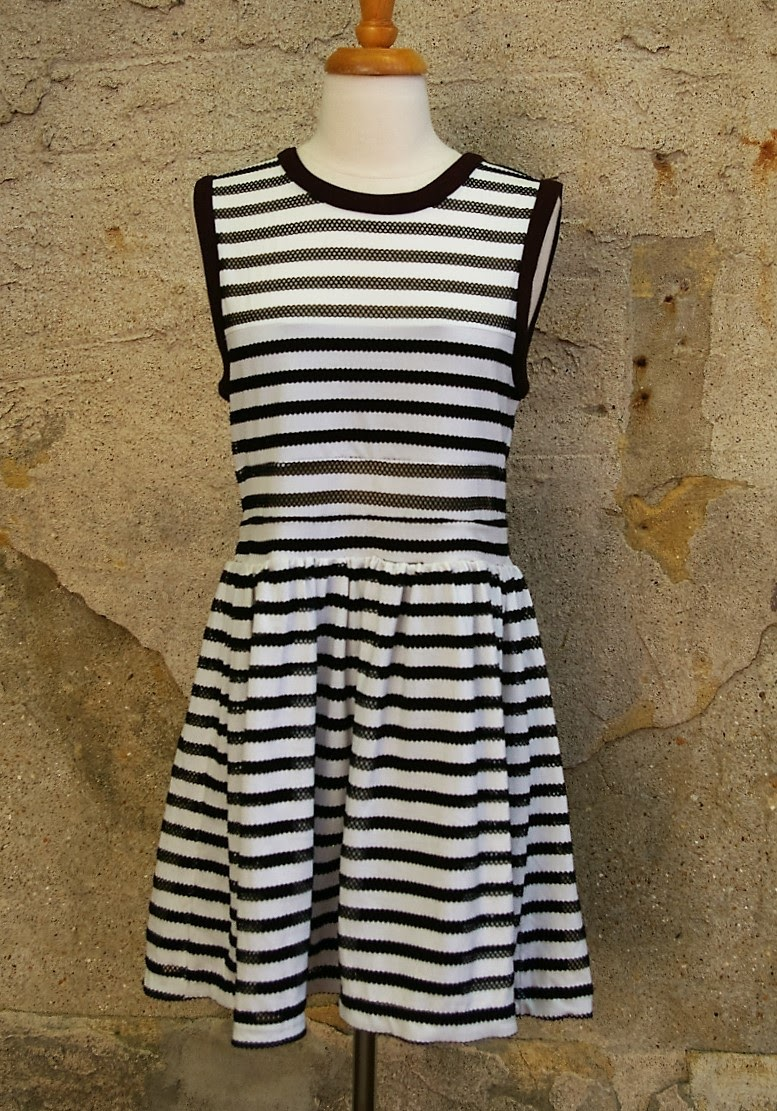 SILENCE--NOISE-Size-M-URBAN-OUTFITTERS-Dress_208426A.jpg