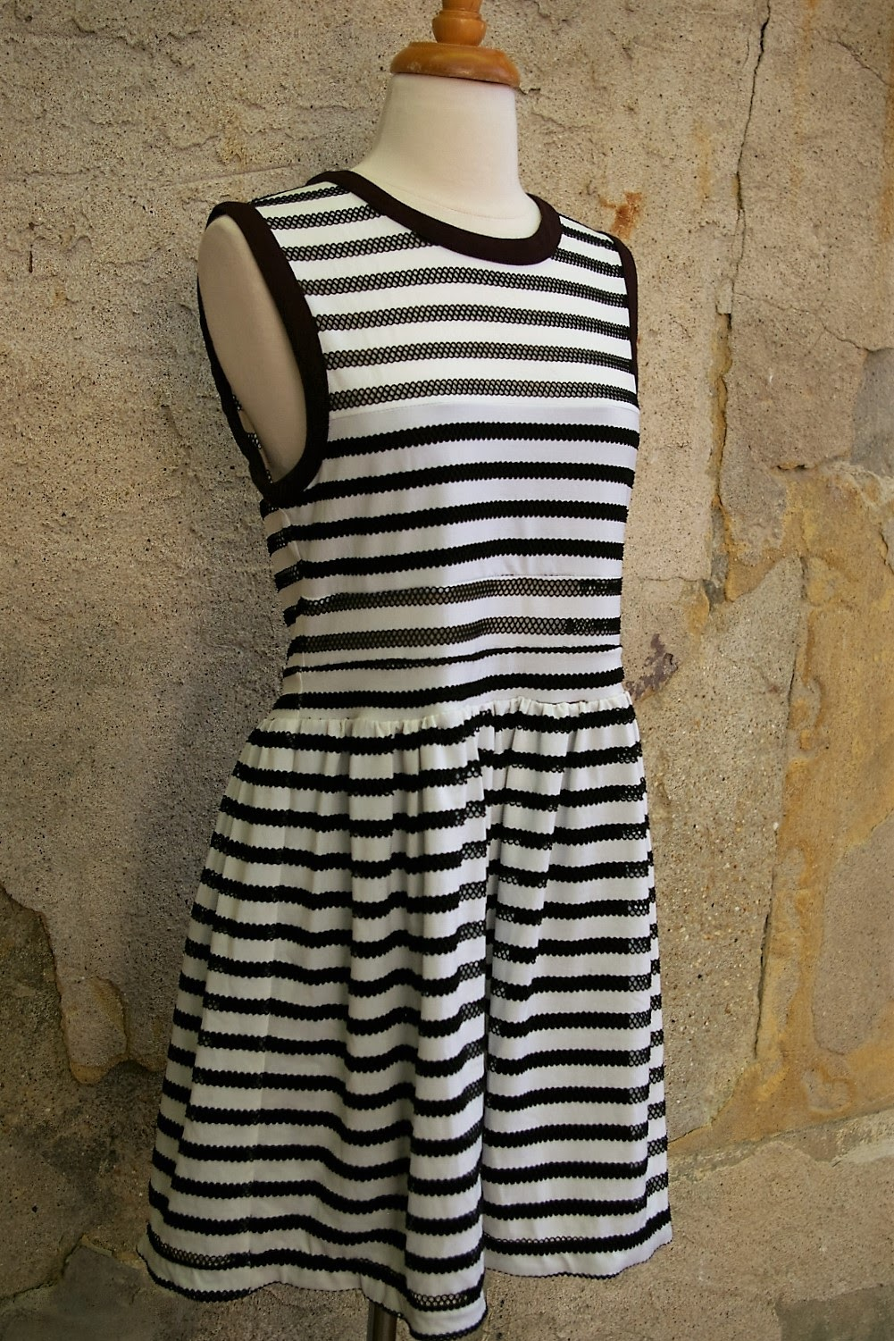 SILENCE--NOISE-Size-M-URBAN-OUTFITTERS-Dress_208426E.jpg