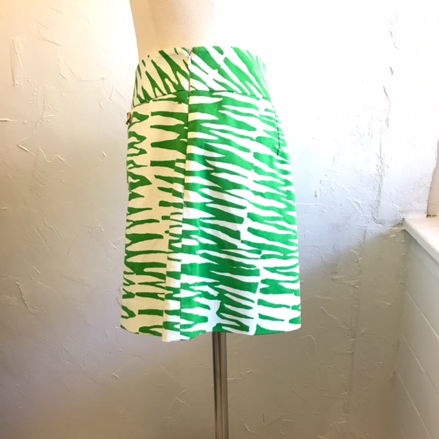TRINA-TURK-Size-4-Skirt_207227C.jpg