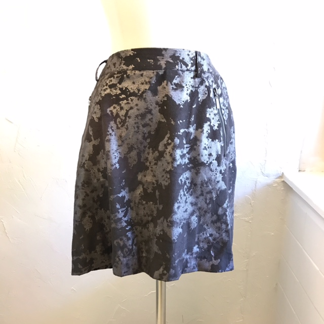 VIVIENNE-BY-VIVIENNE-TAM-Size-8-Skirt_209473A.jpg