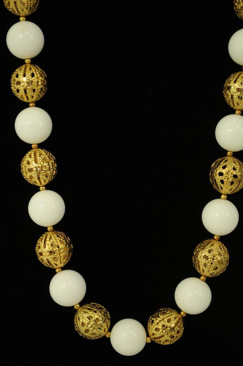 WHITEGOLD-Jewelry-Set_188499B.jpg