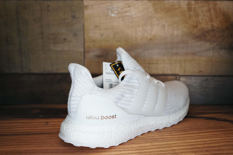 698ddcd3ff1788 Adidas UltraBoost 3.0