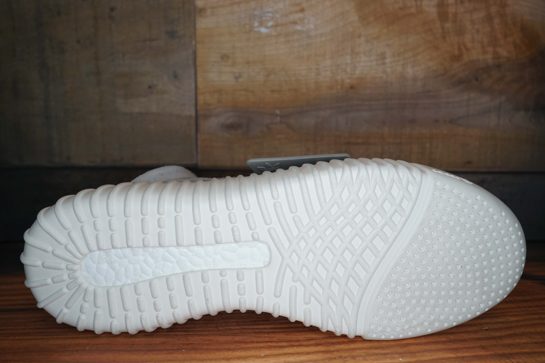 Adidas-Yeezy-Boost-750-2015-New-Damaged-Box-Size-11-339-2_14204D.jpg
