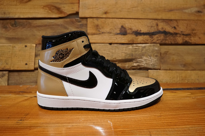 finest selection f1558 13089 Air-Jordan-1-Retro-High-OG-GOLD-TOE-
